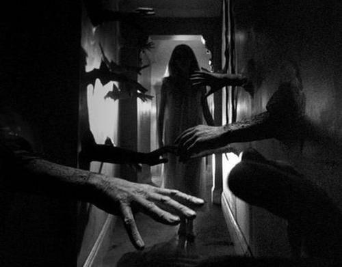 La Noche De Los Demonios III [1997 Video]