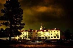 """Hotel Stanley - Terror Real más allá de """"El Resplandor"""""""